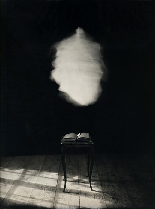 Reflet de l'absence, les ambrotypes de Eric Antoine.