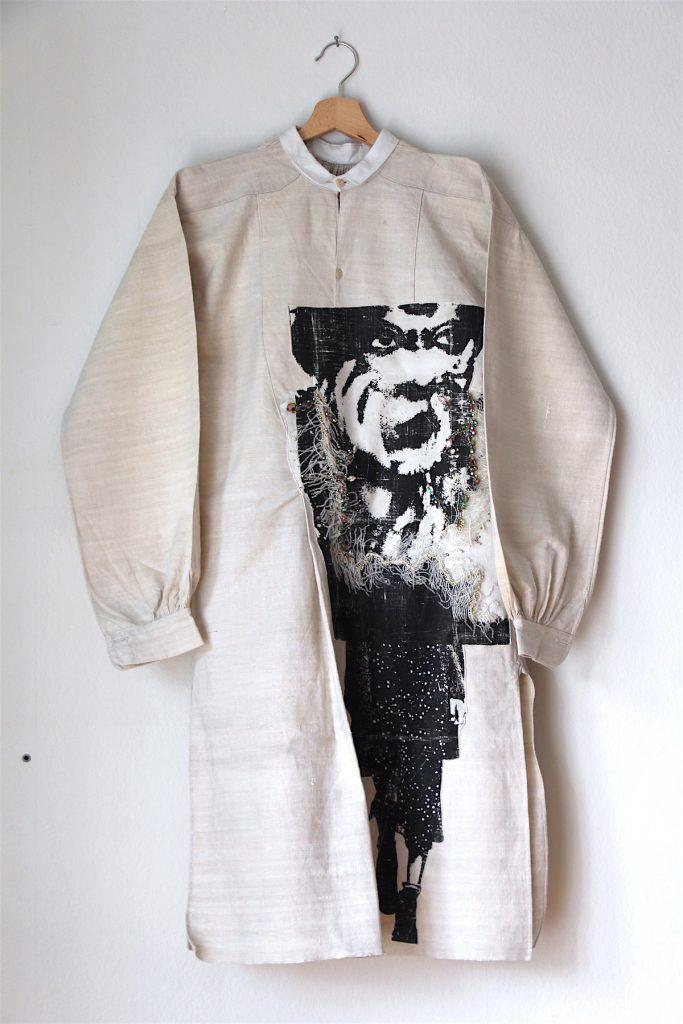 lebaldemadameb-ladamebiche-artiste-textile-strasbourg-chemise-brillerdanslenoir-4